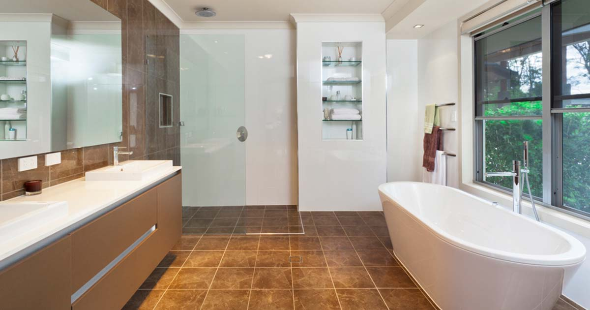 picture of a doorless shower